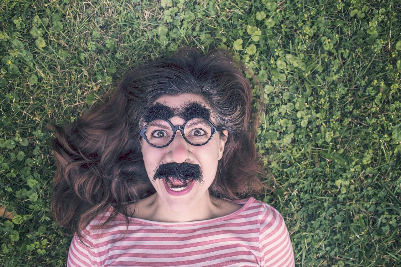 How do Women Get Rid of Nose Hair